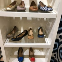 Photo taken at Tory Burch - Outlet by JK on 4/8/2018