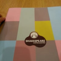 11/4/2012 tarihinde Veli S.ziyaretçi tarafından Shakespeare Coffee & Bistro'de çekilen fotoğraf