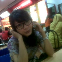 Photo taken at Hot Plate by Siska Theresia S. on 3/8/2013