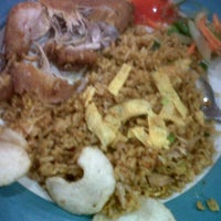 Photo taken at Hot Plate by Siska Theresia S. on 10/24/2012