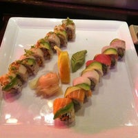 Photo taken at Umi Sushi Bar & Grill by Aly on 9/28/2012