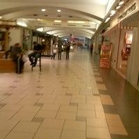 Photo taken at Orlando Fashion Square by Stantonio O. on 10/28/2012