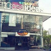 Foto tomada en Alexander Coffee por Alejandra V. el 10/16/2012