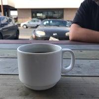 Foto tirada no(a) Fleet Coffee Co por Alex D. em 2/12/2017