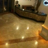 10/29/2012 tarihinde Muzaffer S.ziyaretçi tarafından Garden Of Sun Hotel'de çekilen fotoğraf