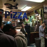 Photo taken at Pizzaria Papparazzi by Jon R. on 1/1/2013