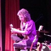 10/18/2012 tarihinde Ian B.ziyaretçi tarafından Old Town School of Folk Music'de çekilen fotoğraf