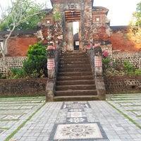 Photo taken at Pura Narmada by akwilinalit on 8/1/2014
