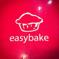 Photo taken at easybake by winingwingz on 10/20/2012