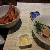 Снимок сделан в Xananas Restaurant пользователем Grace G. 11/20/2012