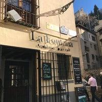 Foto tomada en Bar La Fontana por Robert G. el 12/26/2016