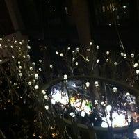 Das Foto wurde bei Gansevoort Park Rooftop von Luce O. am 10/28/2012 aufgenommen