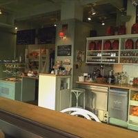 10/6/2012 tarihinde Alter E.ziyaretçi tarafından Café Ma Baker'de çekilen fotoğraf