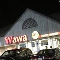Photo taken at Wawa by Beyma S. on 9/23/2016