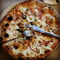 Foto scattata a Pizzeria Sorbillo da Doc E. il 12/20/2012