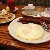 Photo taken at Walker Bros The Original Pancake House by Robert on 1/28/2013