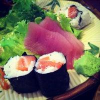 Foto tirada no(a) Sushi Iê por Gabriela N. em 11/11/2012