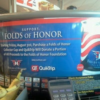 Photo prise au QuikTrip par Tena C. le9/23/2012