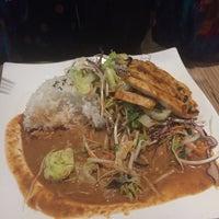 Das Foto wurde bei Cô Chu Vietnamese Gourmet von Ricardo R. am 9/25/2017 aufgenommen