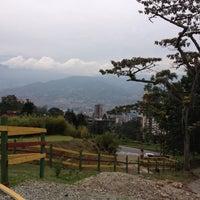 11/11/2012 tarihinde Ana V.ziyaretçi tarafından Marmoleo'de çekilen fotoğraf