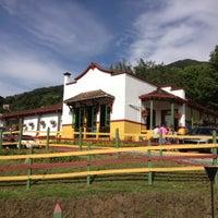 Foto tirada no(a) Marmoleo por Ana V. em 9/24/2012