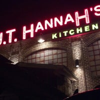 Photo taken at J.T. Hannah's Kitchen by Jamie C. on 1/1/2013
