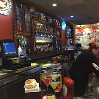 Photo taken at Applebee's Neighborhood Grill & Bar by Soowan J. on 12/21/2016
