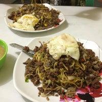 12/20/2012 tarihinde Christine B.ziyaretçi tarafından Nang's Panciteria'de çekilen fotoğraf