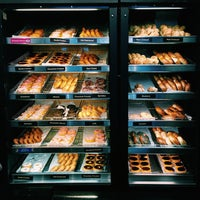 Das Foto wurde bei Dunkin' Donuts von Paul S. am 5/28/2015 aufgenommen