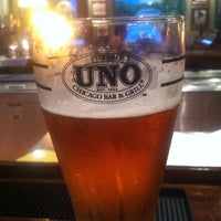 Photo taken at Uno Pizzeria & Grill by Steve B. on 6/3/2013