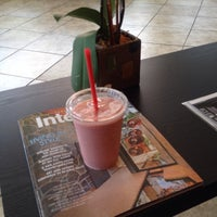 Photo taken at Liv Deli & Smoothie by Danny V. on 3/29/2014