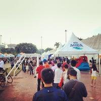 Photo taken at The Jakarta Marathon 2013 by Hafeez A. on 10/25/2013