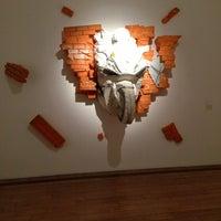 Снимок сделан в Московский музей современного искусства / Moscow Museum of Modern Art пользователем AlenaLu . 5/26/2013