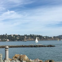 Photo taken at Sausalito Yacht Club by Flor C. on 10/22/2016