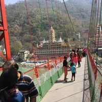 Photo taken at Lakshman Jhula | लक्ष्मण झूला by Anja on 3/29/2017