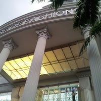 Photo taken at House of Fashions Mega Mall by Rishie R. on 11/10/2013