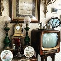 Das Foto wurde bei Üsküdar Antikacılar Sokağı von 🌍 Tamer ✈️🚉🚍🇪🇬 A. am 2/12/2016 aufgenommen
