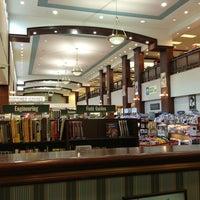 Photo taken at Barnes & Noble by gorekun on 1/15/2013