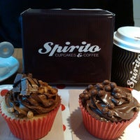 Photo taken at Spirito Cupcakes & Coffee by Lígia P. on 10/11/2014