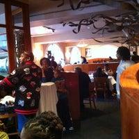 Das Foto wurde bei Georgia Brown's von Roxanne C. am 10/21/2012 aufgenommen