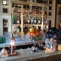 3/30/2016 tarihinde DOĞANziyaretçi tarafından Alexandra Cocktail Bar'de çekilen fotoğraf