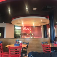 Photo taken at Pizza Hut by Sianio on 8/30/2017