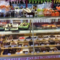 Photo taken at Lady Chocolatt by Devo B. on 10/16/2012