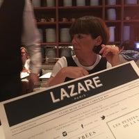 รูปภาพถ่ายที่ Lazare Paris โดย Koen B. เมื่อ 8/13/2017