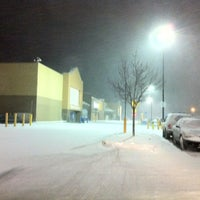 Photo taken at Walmart Supercenter by Bjørn on 1/24/2013