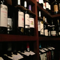 Photo taken at Cafeína by Pedro C. on 2/11/2013
