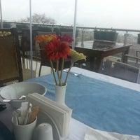 11/22/2012 tarihinde Rita R.ziyaretçi tarafından Tabbah Restaurant'de çekilen fotoğraf
