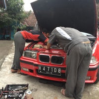 Photo taken at siswanto BMW by Hafid Z. on 5/4/2013