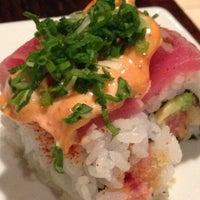 Foto tirada no(a) Sushi O Bistro por Miranda M. em 2/22/2013