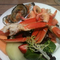 Foto tirada no(a) Bimini Boatyard Bar & Grill por Susan G. em 5/20/2012